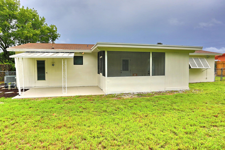 1048 Park Circle West Palm Beach, FL 33405 photo 23