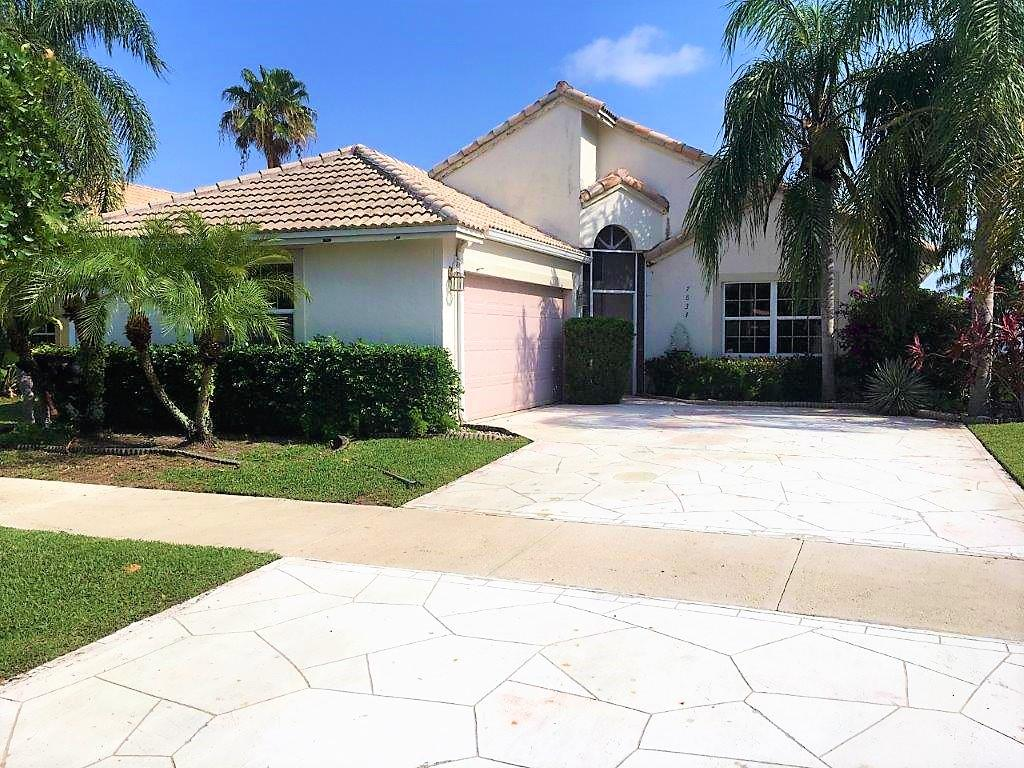 Home for sale in HAGEN RANCH HEIGHTS/ NEWPORT COVE Delray Beach Florida