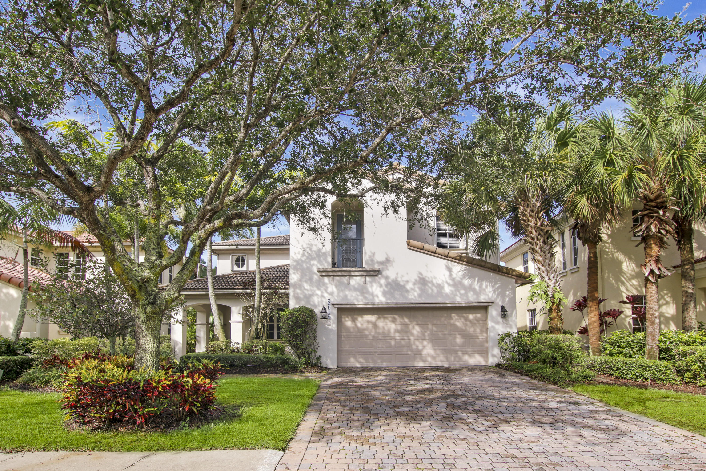 Photo of 2103 Spring Court, Palm Beach Gardens, FL 33410