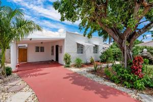 335  Malverne Road  For Sale 10625820, FL