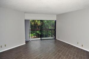 1720 N Congress Avenue  211 For Sale 10625274, FL