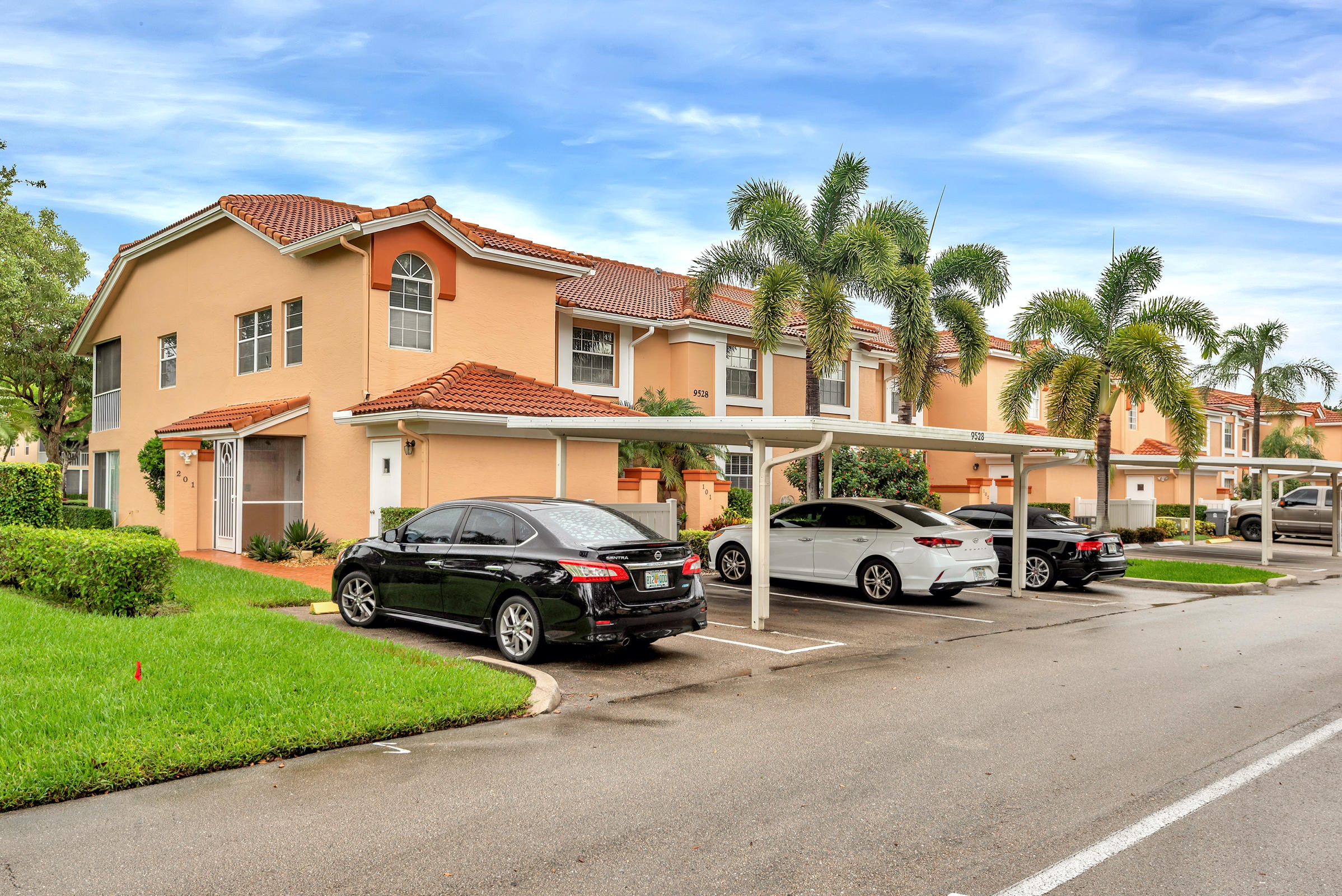 9528 Shadybrook Drive 201  Boynton Beach FL 33437