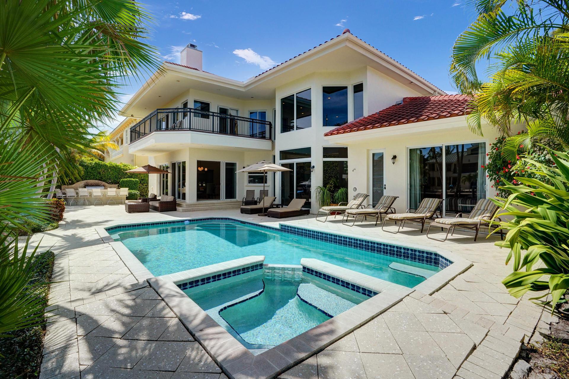 932 Hyacinth Drive  Delray Beach, FL 33483