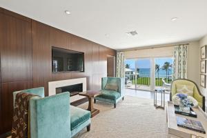 450 S Ocean Boulevard 307b For Sale 10626246, FL
