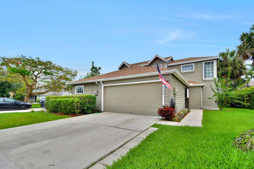 922 Honeytree Lane Wellington, FL 33414