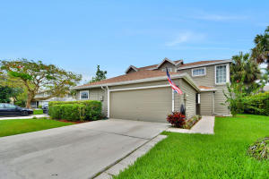 922  Honeytree Lane  For Sale 10626371, FL