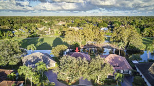 1894  Gulfstream Way  For Sale 10626413, FL