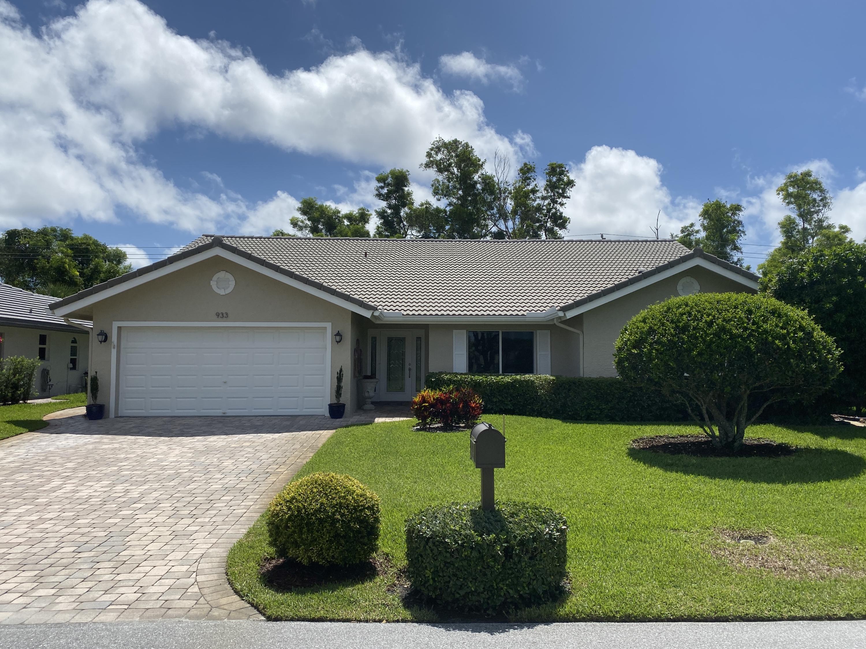 933 Greensward Lane  Delray Beach FL 33445