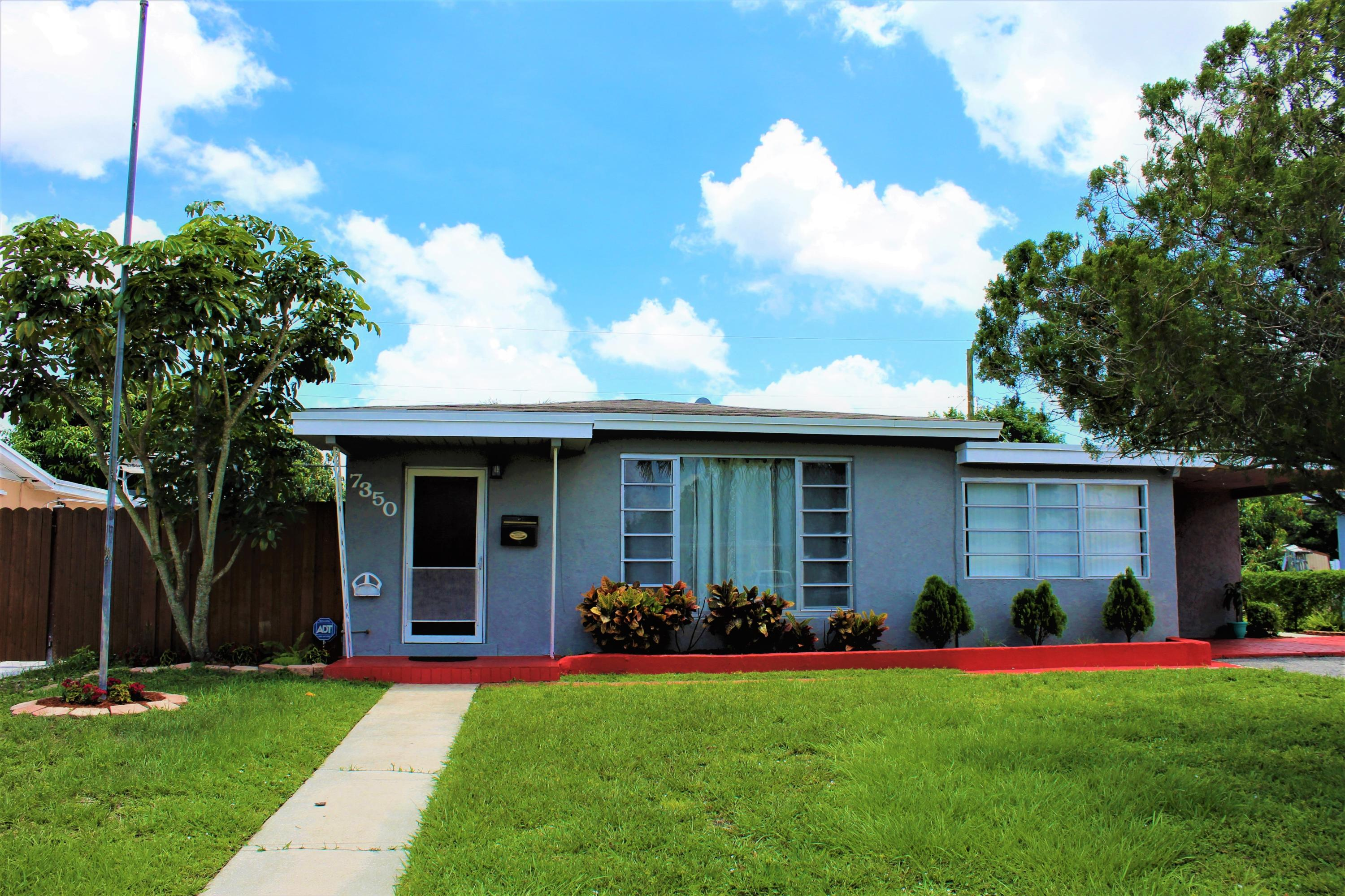 Home for sale in BOULEVARD ESTATES Hollywood Florida