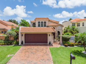 3557  Admirals Way  For Sale 10626931, FL