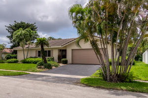1580 SW 9th Street  For Sale 10635549, FL