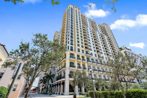 701 S Olive Avenue 822 For Sale 10626902, FL