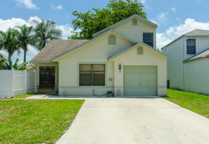 129  Buttonwood Circle  For Sale 10626991, FL