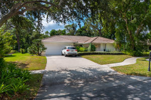 2422 NW 36th Street  For Sale 10626995, FL