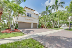 9702  Shepard Place  For Sale 10627080, FL