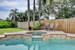 1118  Fosters Mill Drive  For Sale 10627415, FL