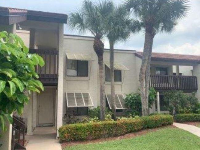 Home for sale in LAKESIDE CONDO 2 OF BANYAN SPRINGS Boynton Beach Florida