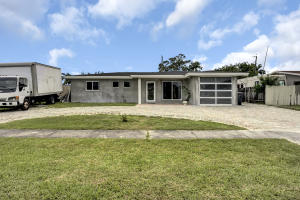 2581  Lake Haven Road  For Sale 10627504, FL