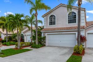 10751  Lake Shore Drive  For Sale 10627892, FL