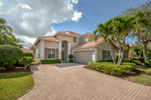 8361  Heritage Club Drive  For Sale 10627661, FL