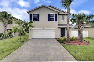 6137  Wildfire Way  For Sale 10627759, FL