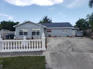 5648  Albert Road  For Sale 10627813, FL