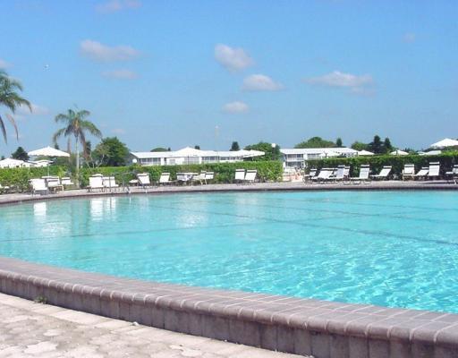 70 Canterbury C West Palm Beach, FL 33417 photo 10