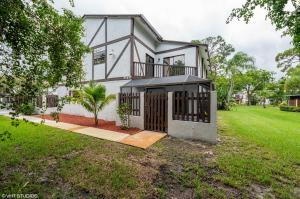 2402  Lena Lane  For Sale 10628185, FL