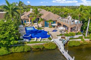 372  Regatta Drive  For Sale 10628408, FL
