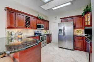 7789  Mansfield Hollow Road  For Sale 10627669, FL