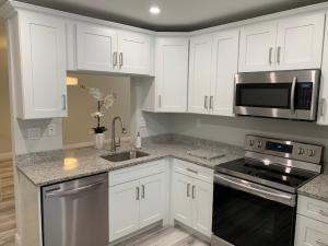 15301  Pembridge Avenue B73 For Sale 10628588, FL