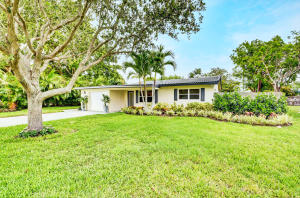 277 NW 7th Street  For Sale 10628736, FL