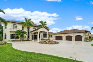 6825 W Calumet Circle Lake Worth, FL 33467
