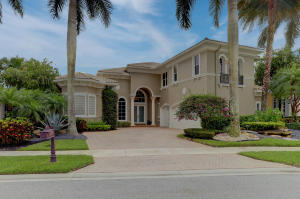 7556  Bella Verde Way  For Sale 10629228, FL