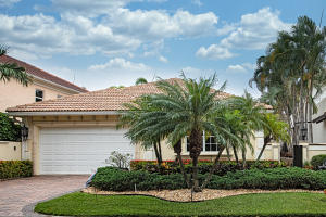 3555  Commodore Circle  For Sale 10629166, FL
