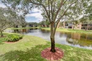 15244  Lakes Of Delray Boulevard 208 For Sale 10629222, FL