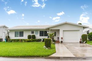 2093 SW Lake Circle Drive  For Sale 10625492, FL