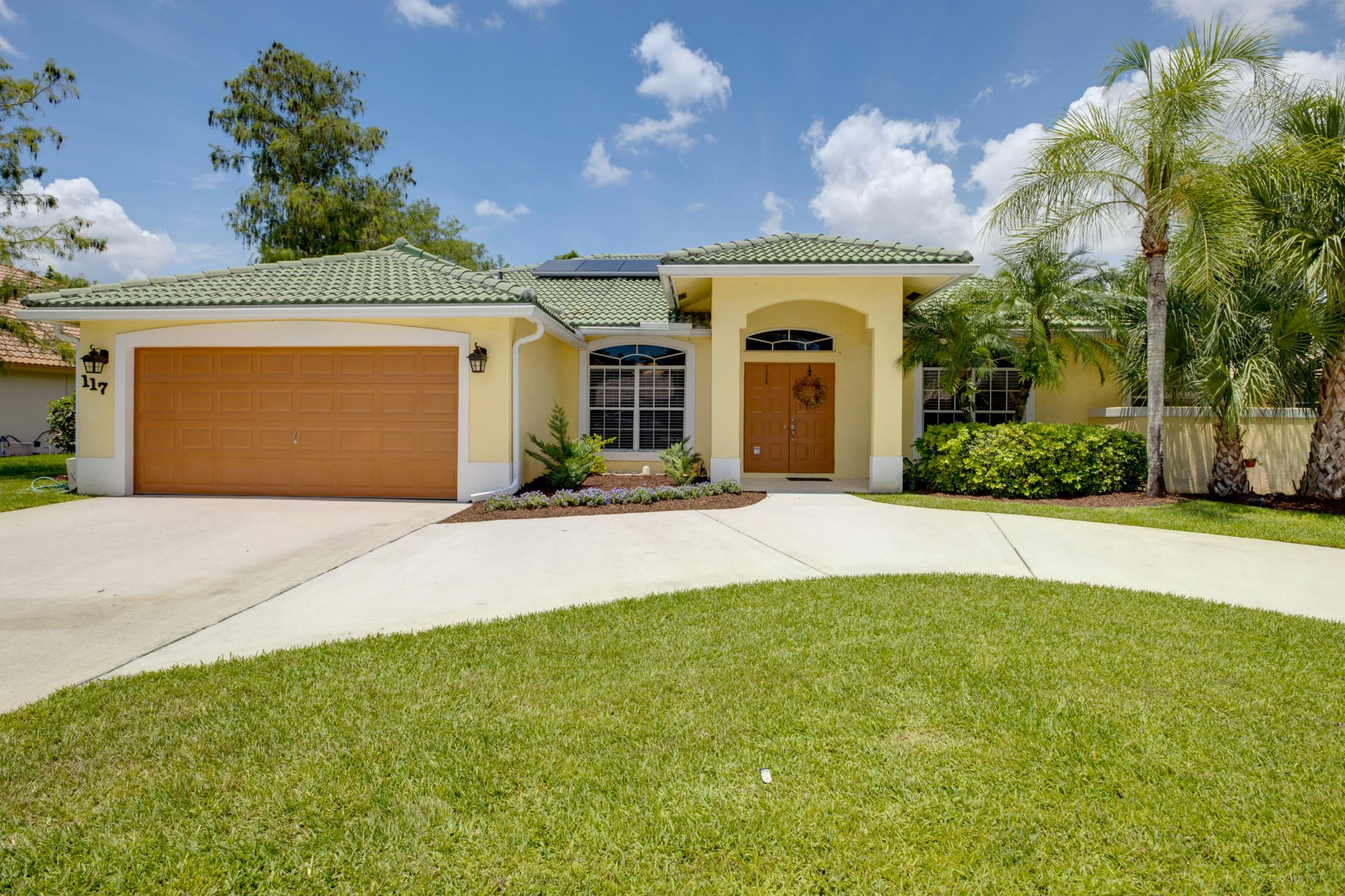 117 Kapok Crescent Royal Palm Beach, FL 33411