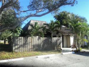 4131  Palm Bay Circle C For Sale 10629539, FL