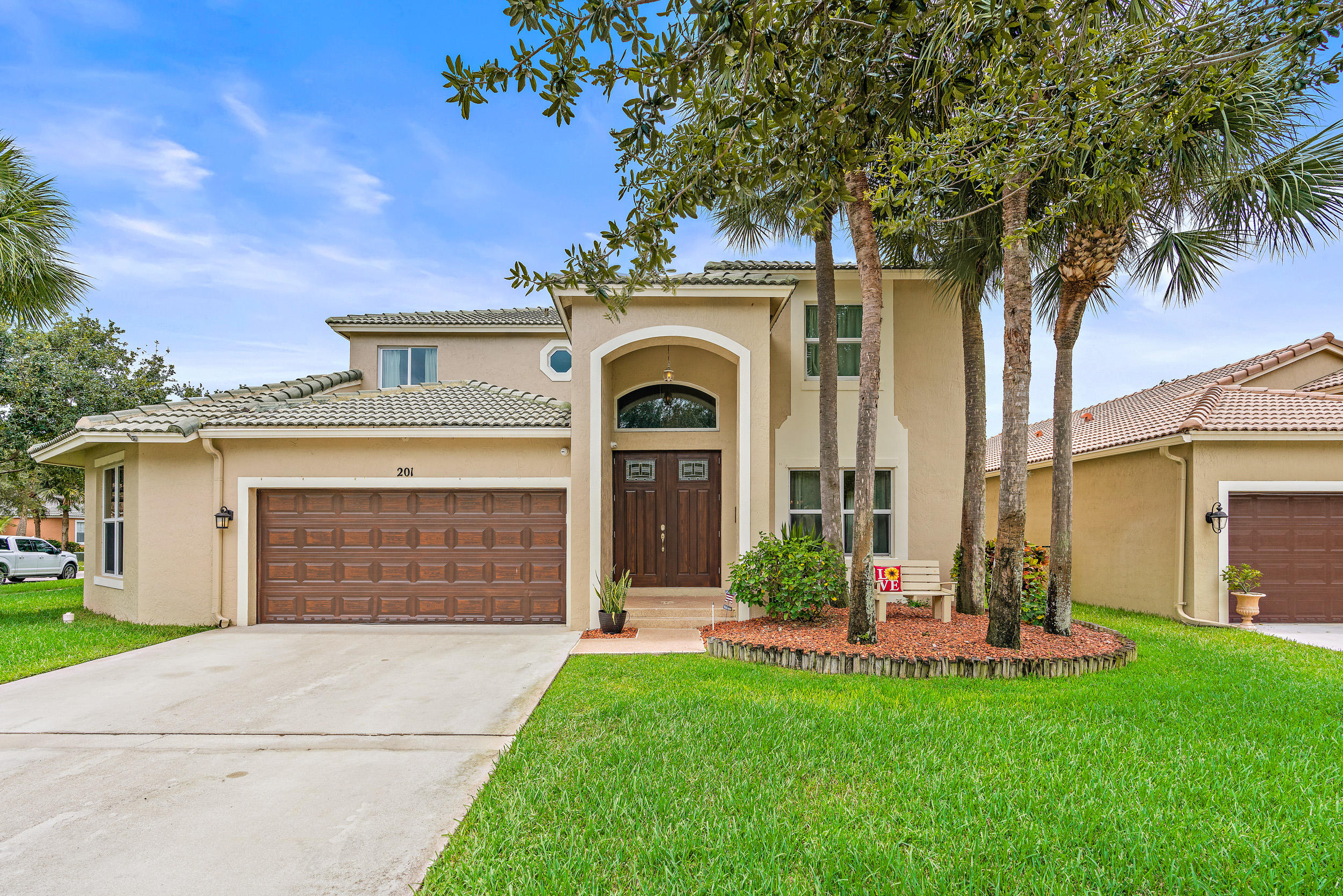 201 Seminole Lakes Drive Royal Palm Beach, FL 33411
