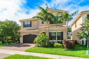 8077  Ironstone Drive  For Sale 10629811, FL