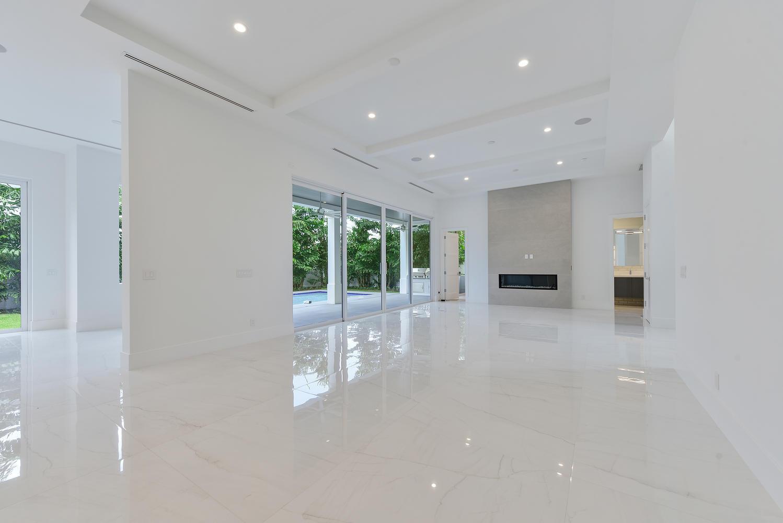 1050 NE 2nd Terrace Boca Raton-large-006