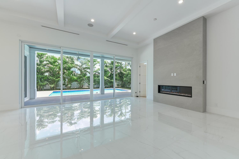 1050 NE 2nd Terrace Boca Raton-large-009
