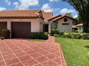 6392  Kings Gate Circle  For Sale 10630104, FL