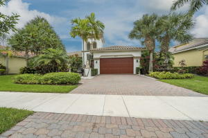 8856  Via Prestigio   For Sale 10630151, FL