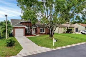 5647  Pebble Brook Lane  For Sale 10630159, FL