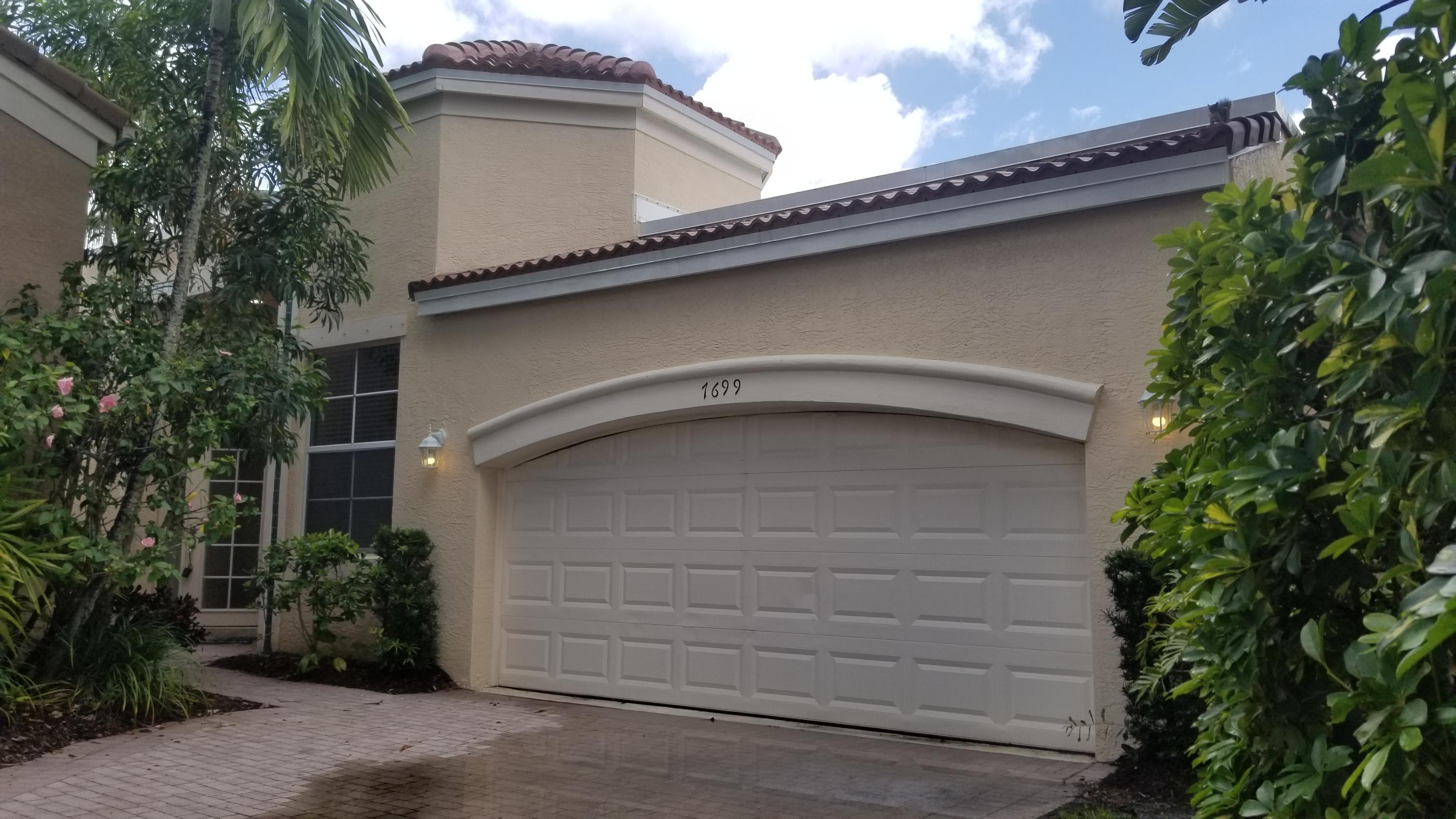 Home for sale in Ibis Larkspur West Palm Beach Florida