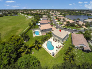 7276  Chesapeake Circle  For Sale 10629694, FL