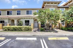 368  Lake Monterey Circle  For Sale 10630918, FL