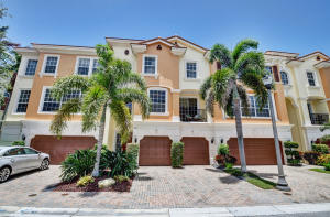 5585 NE Trieste Way 5585 For Sale 10630676, FL